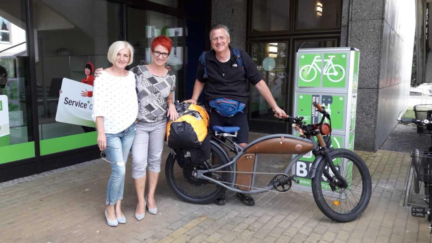 Gunnar mit Claudia und Simone von VBH Energiewelt Hoyerswerda